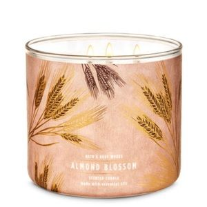 Bath & Body Works ALMOND BLOSSOM 3-Wick Candle